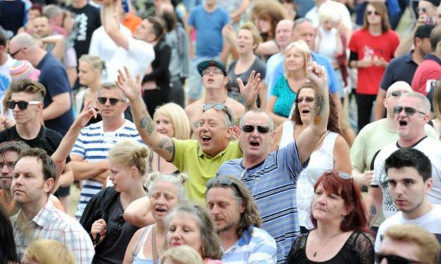 Welcoming The Hoosiers and Aladdinsane to this year's Dartford Festival – Dartford Borough Council