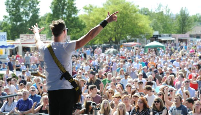 The Feeling at Dartford Festival 2015