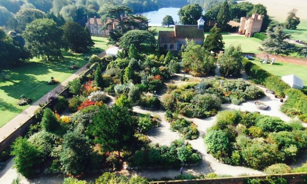 Free house and garden tours at Lullingstone Castle