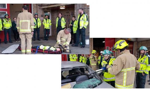 Kent Fire and Rescue Service – Student paramedics get a lesson in road crash rescues from Kent's firefighters