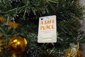 Samaritans Christmas 2015 Tree Safe Place