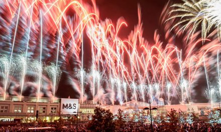 Bluewater lights up the Kent night sky during the annual Light Night