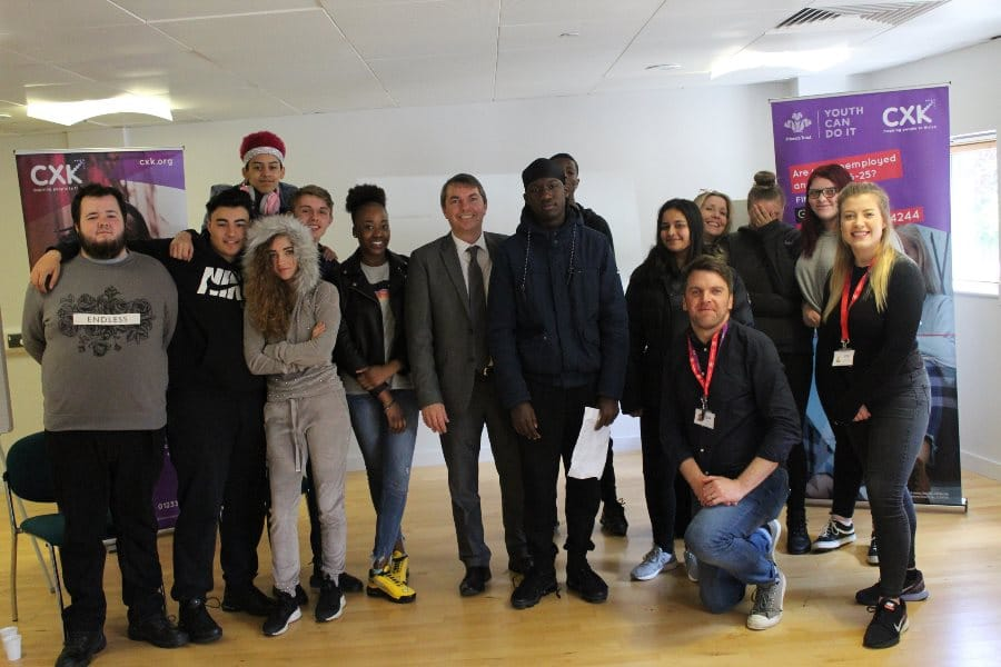 Gareth Johnson MP Meets Local Young People on Prince's Trust Team Programme in Dartford